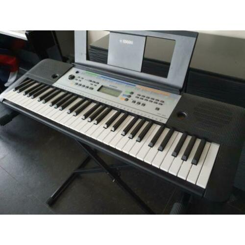 Yamaha YPT-255 KEYBOARD digitale piano